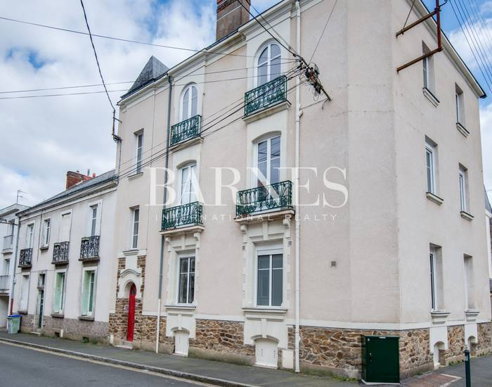 Barnes Nantes appartement immeuble place viarme